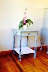 Furniture distressed table side PLAIN_MED